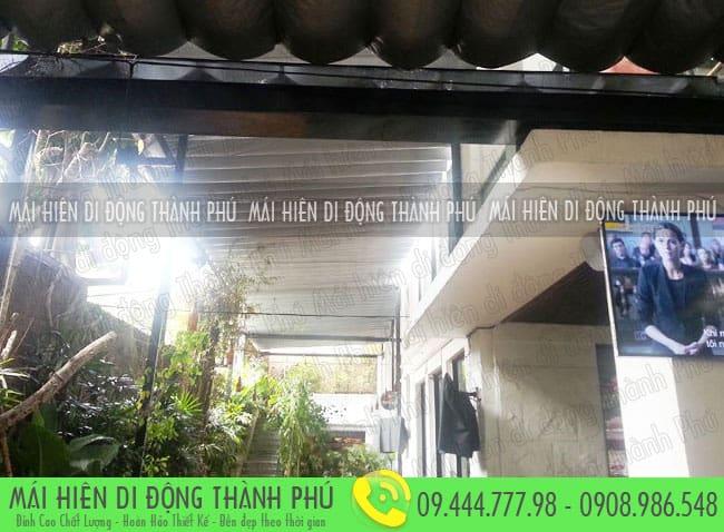 Mái che xếp thích hợp lắp đặt mùa mưa ở Sài Gòn