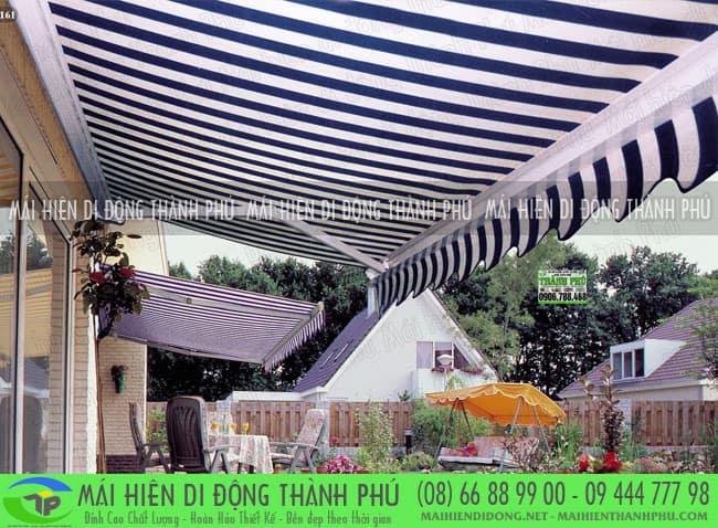 Sử dụng mái che di động quay tay đồng gam màu với ngôi nhà